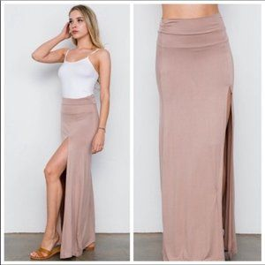 LAST2💥🆕Taupe/Pink Maxi Skirt▪️Small/Large